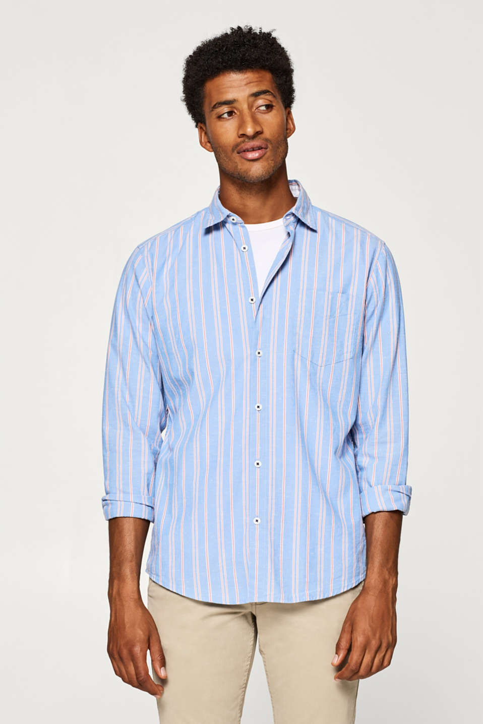 Esprit - Shirt with vertical stripes and a dimpled texture