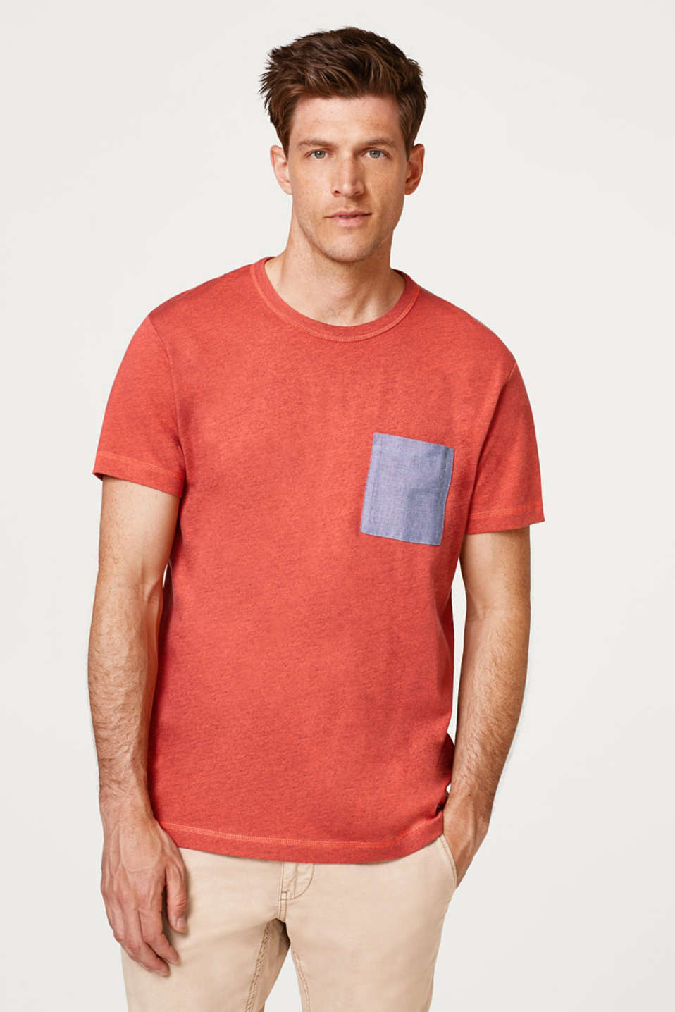 Esprit - Jersey top with an exciting colour effect