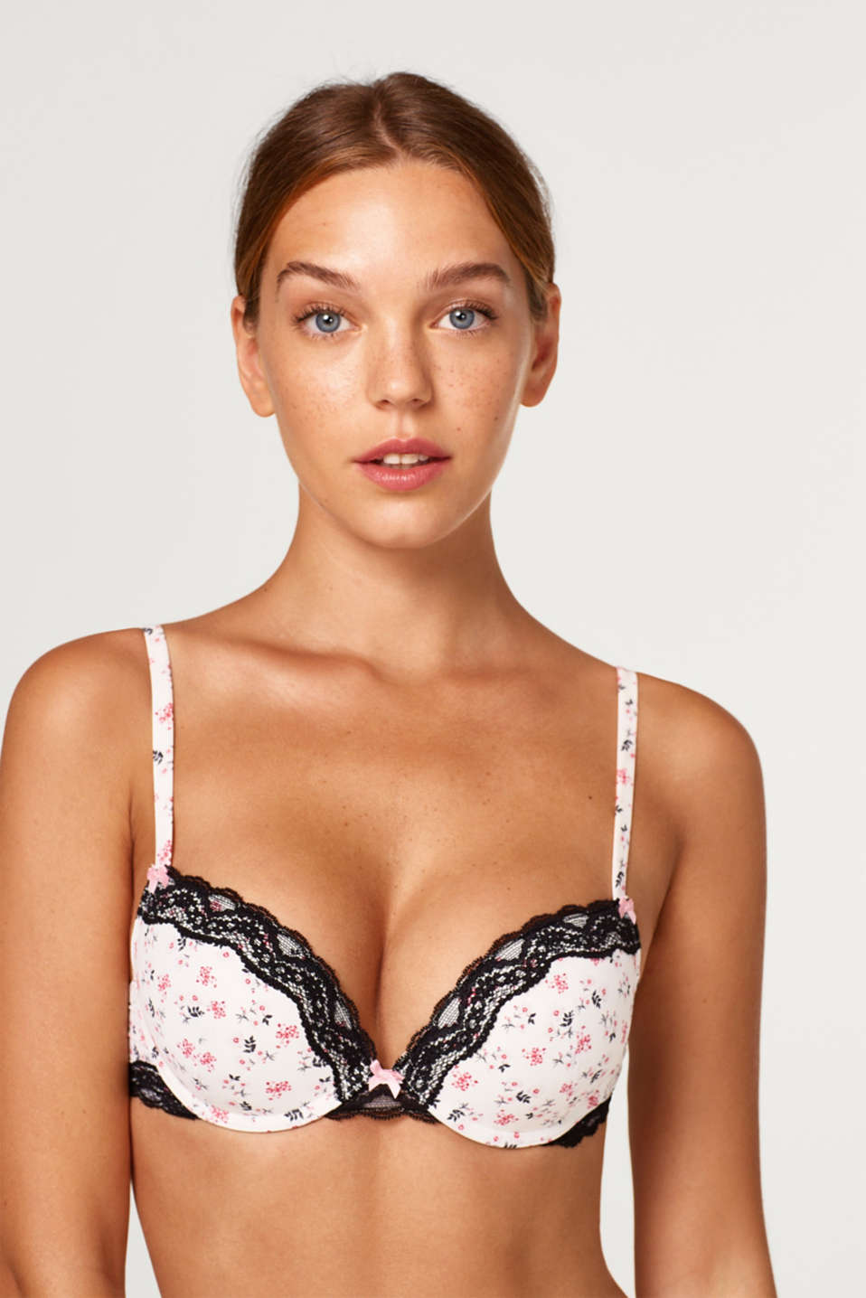 Esprit - Push-up bra with a floral print and lace
