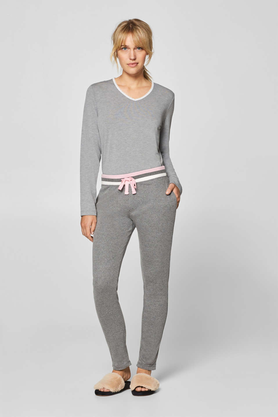 Esprit - Tracksuit bottoms with a striped waistband