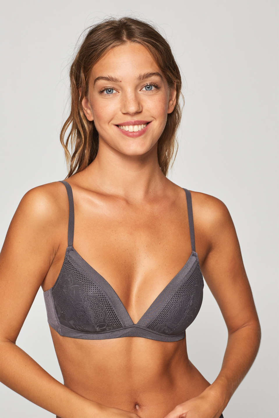 Esprit - NYE padded, non-wired bra in mixed materials