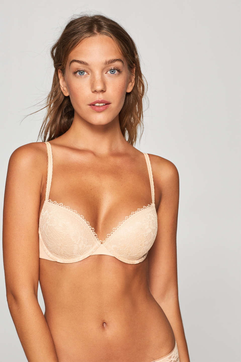 Esprit - NYE padded underwire bra with 3D lace