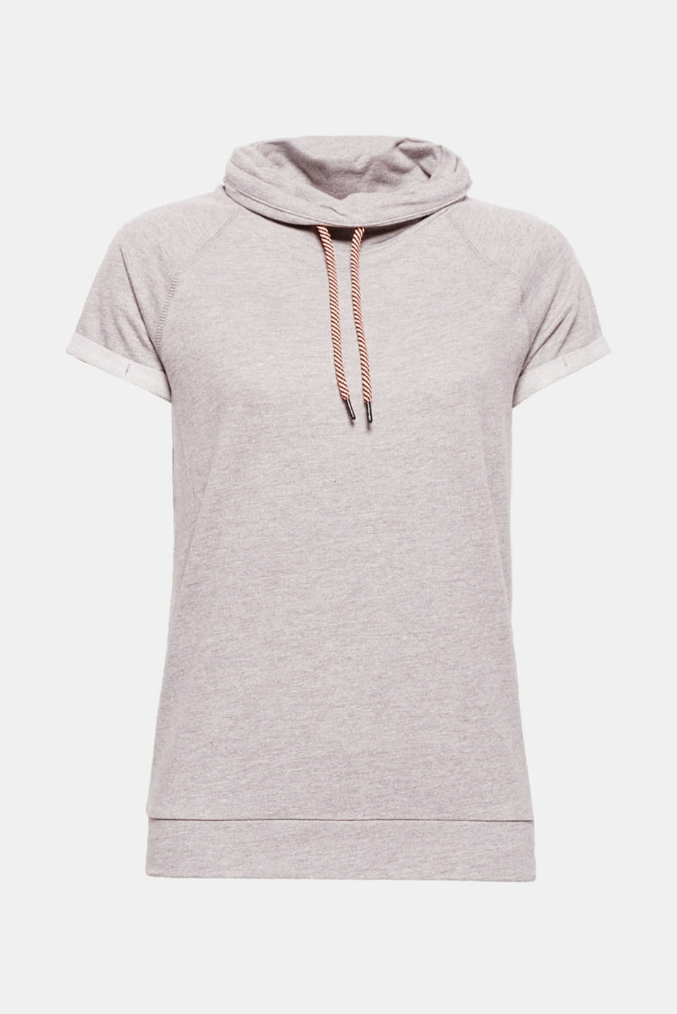 Lightweight and laid-back: This melange sweatshirt owes its summery look to its short sleeves and wide, loosely draped collar with two-tone drawstring ties.