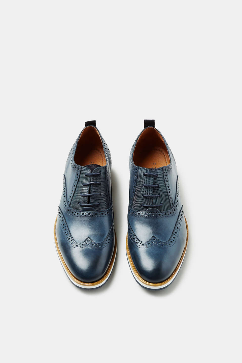 Leather Derby shoes with a brogue pattern