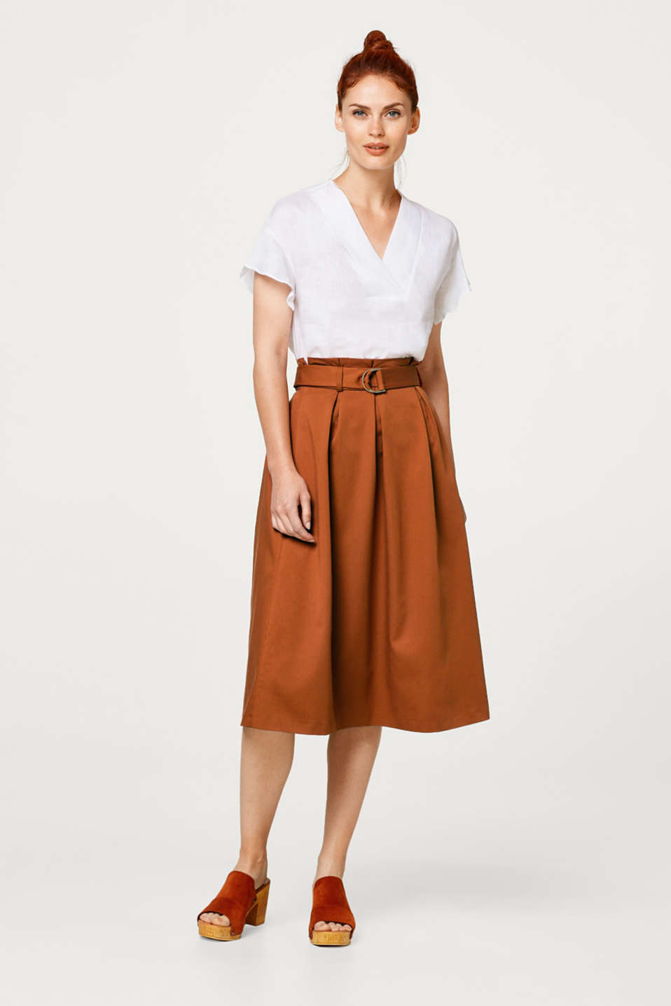 Midi skirt with a paper bag waistband