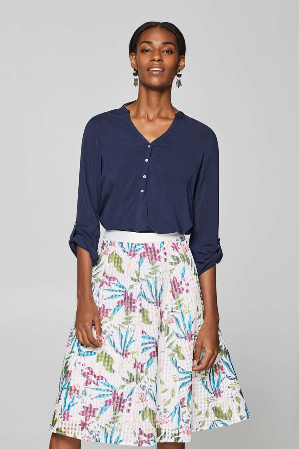 Esprit - Chiffon skirt with flower print and tulle lining