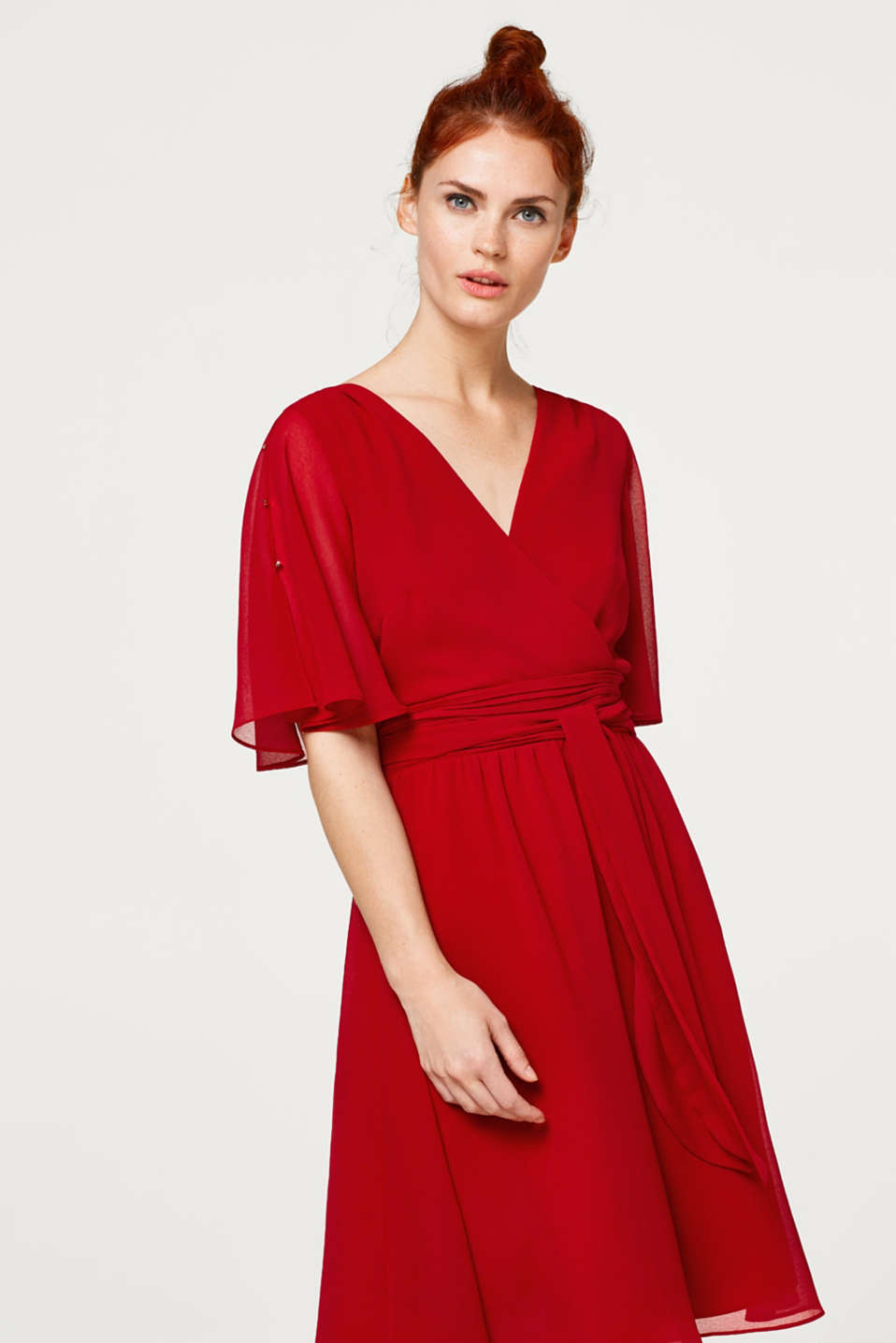Esprit - Chiffon dress with a variable tie-around belt