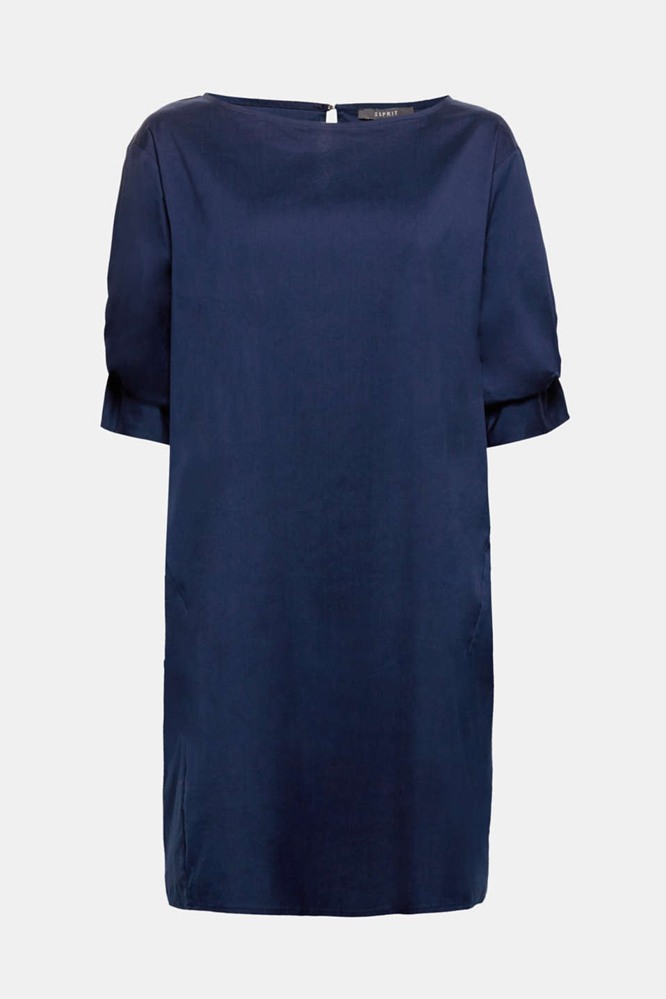 This loose-fitting dress made of a comfortable cotton blend with stretch for comfort and knot details on the sleeves is sure to become your new favourite dress.