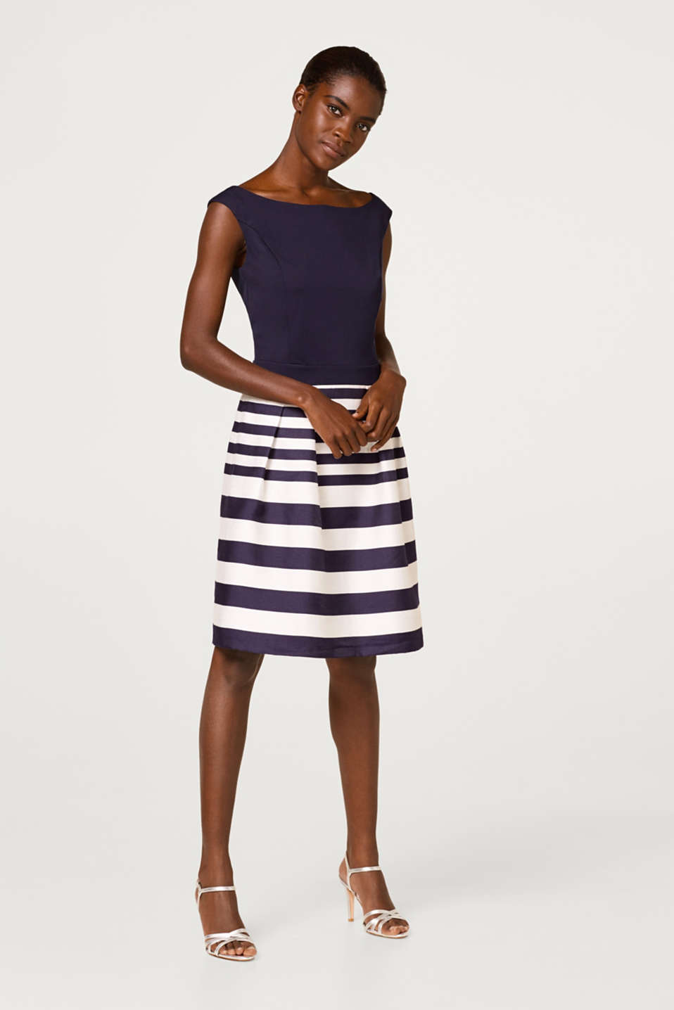Esprit - Dress with a jersey top and woven skirt