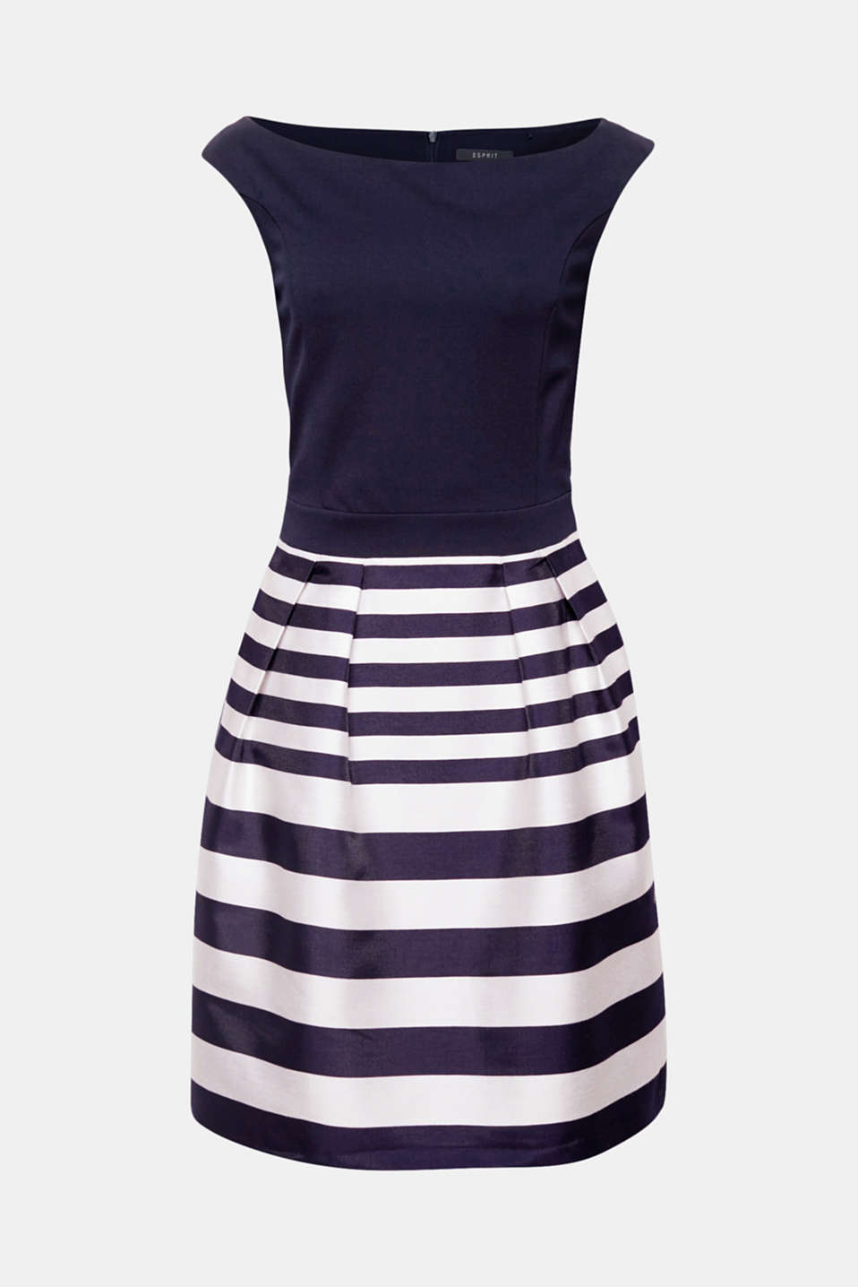 Fits perfectly, is ultra comfortable and elegant at the same time: Dress with a figure-enhancing jersey top and a flared cloth skirt in a block stripe style!