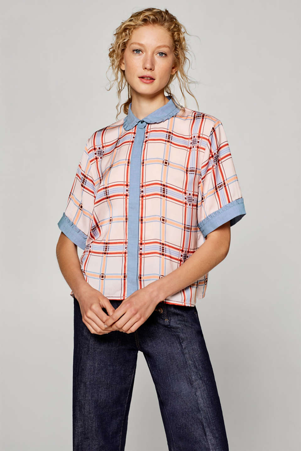 Esprit - Boxy blouse with chambray details