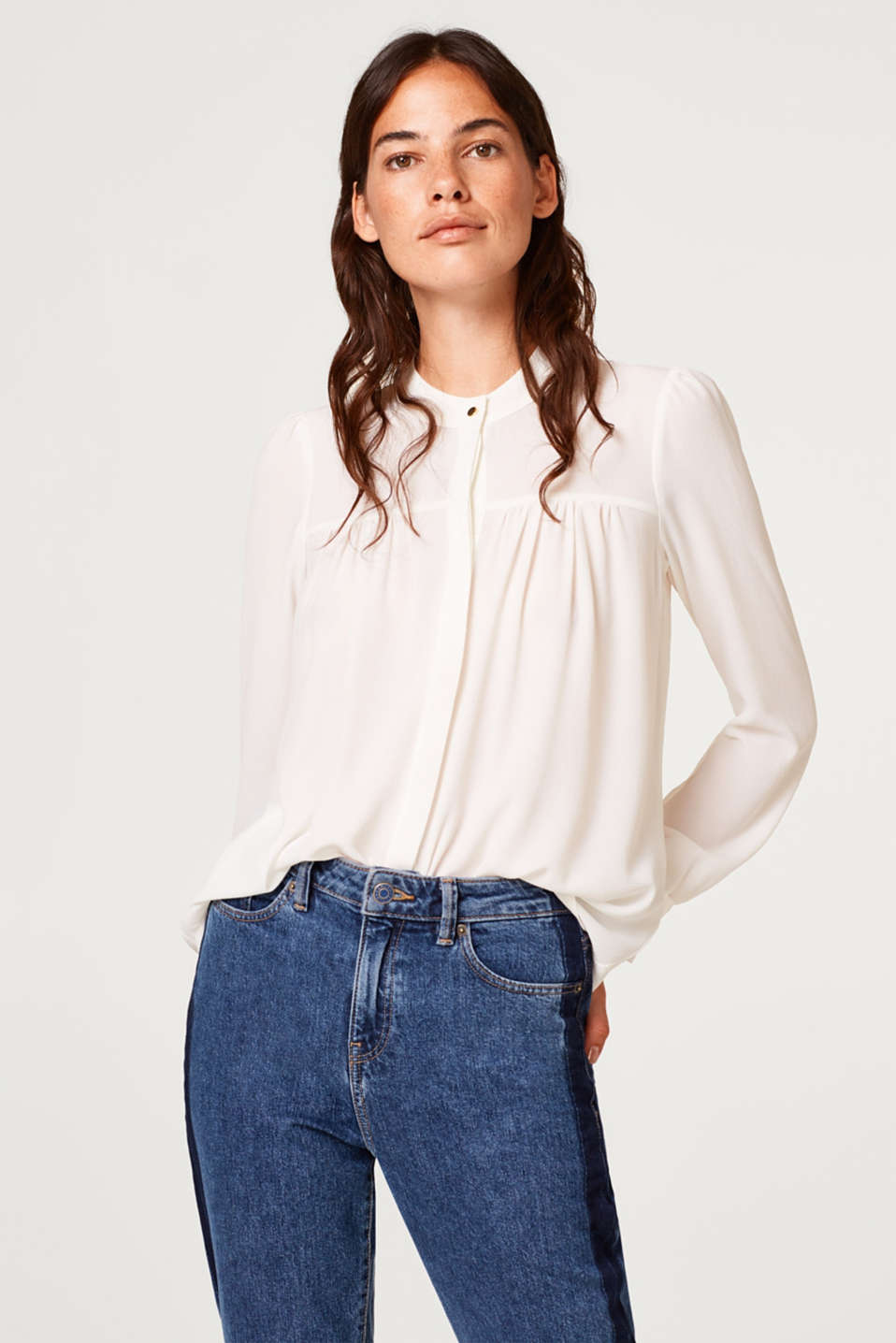 Esprit - Stretch blouse with texture and frills
