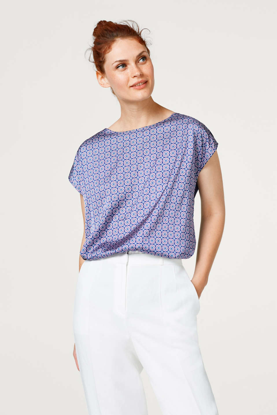 Esprit - Fabric blend top with a retro print