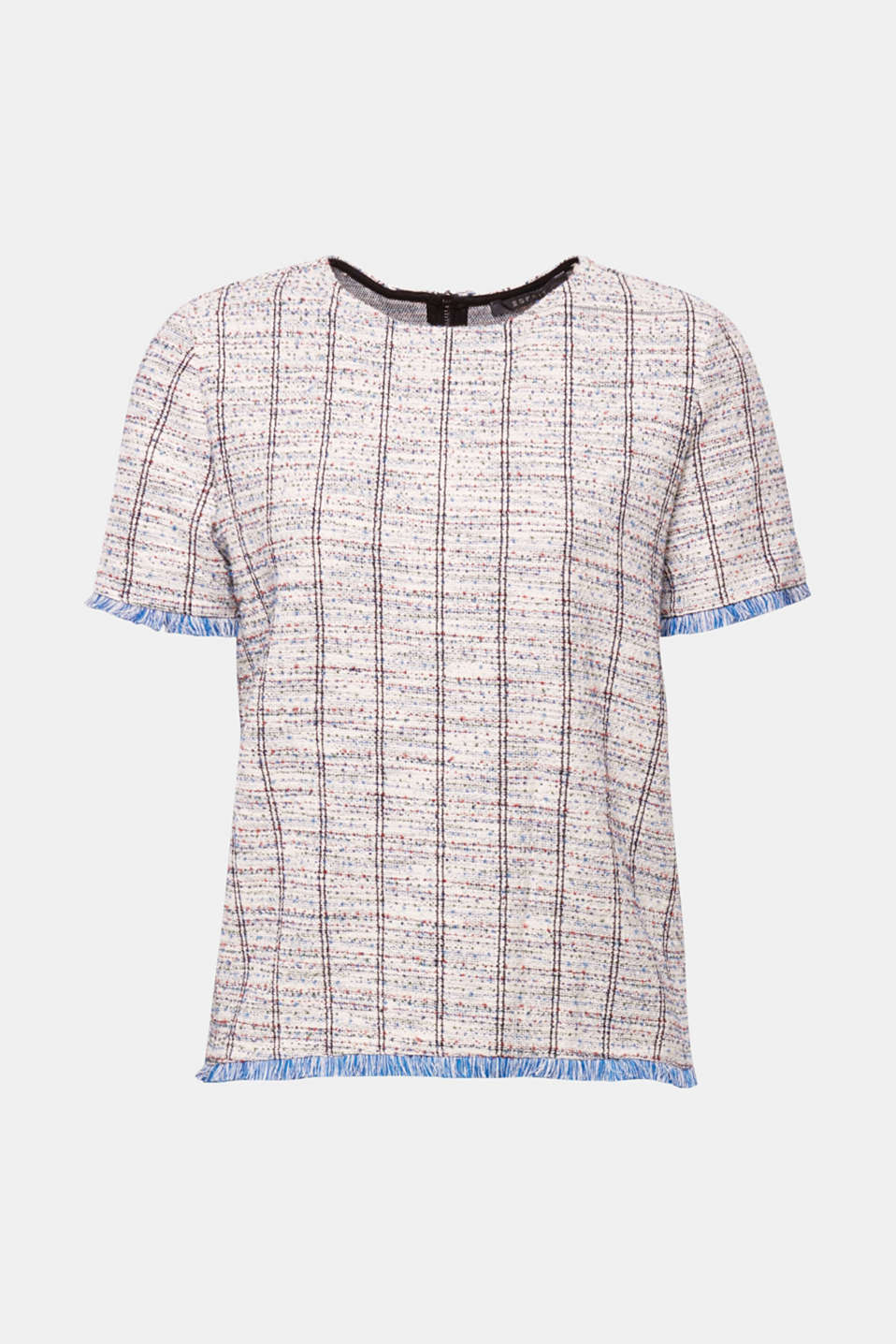 Can be styled to look casual with jeans or chic with a pencil skirt: T-shirt made of multi-colour bouclé with a glittering finish and fringed edges.