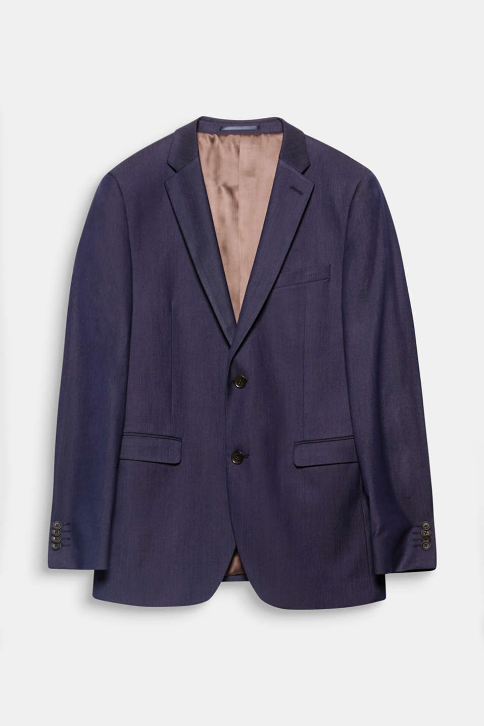 Suit up! The fine melange two-tone look gives this jacket an elegant appearance.