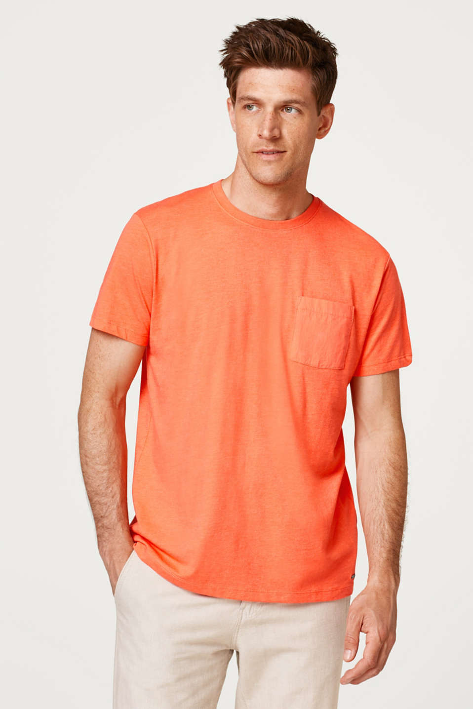 Esprit - Straight T-shirt in 100% cotton