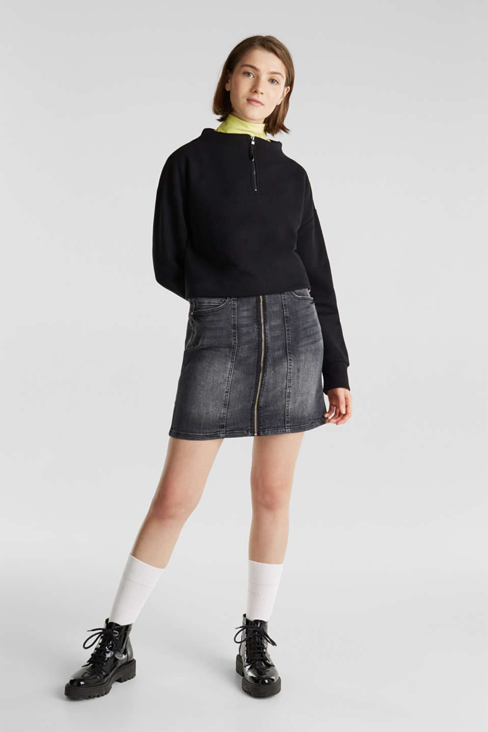 Stretch denim skirt with a zip, BLACK DARK WASH, detail image number 1