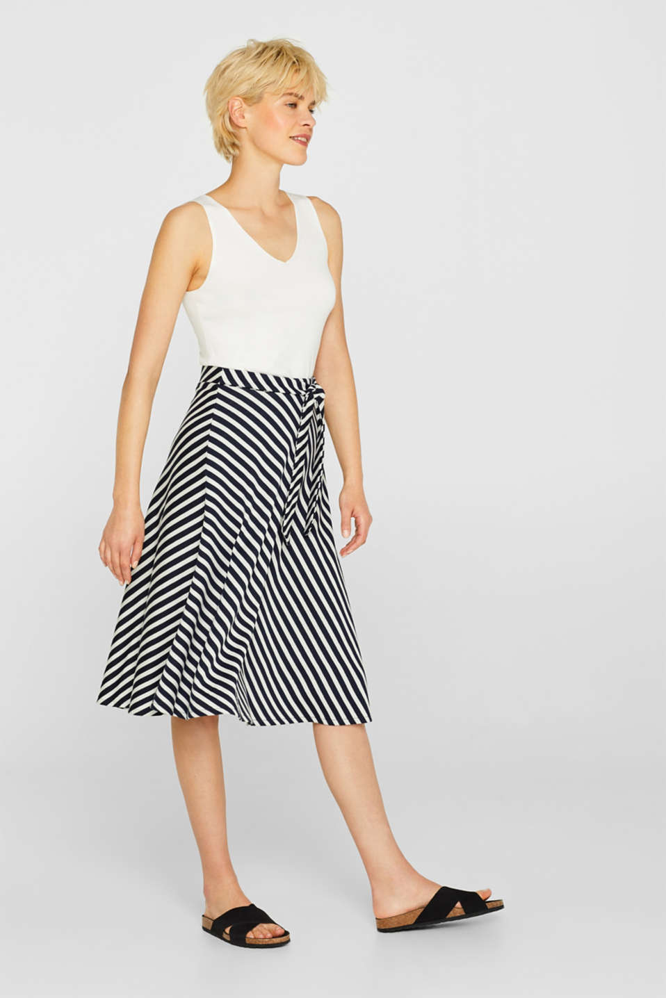 edc - Midi skirt made of dense stretch jersey