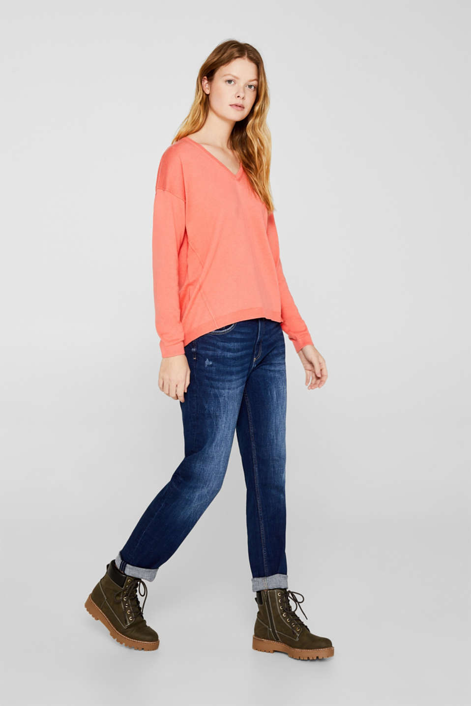 Jumper with inside-out seams, CORAL, detail