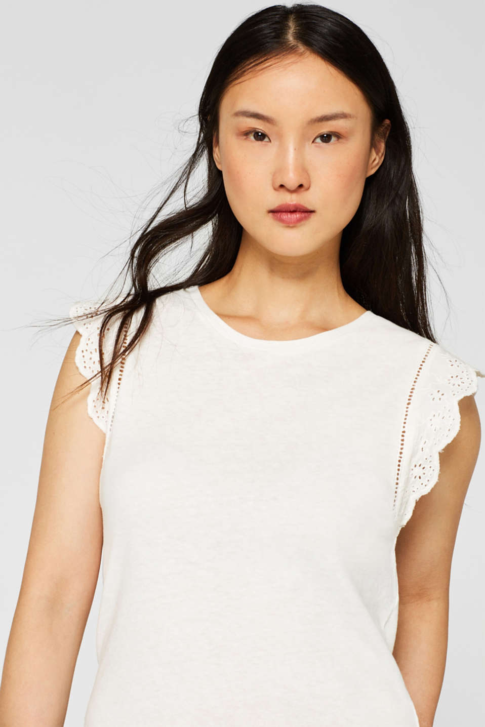 Linen blend: jersey top with broderie anglaise, OFF WHITE, detail image number 6
