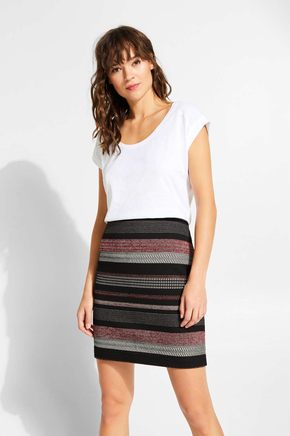 Esprit - Stretch skirt made of jacquard jersey