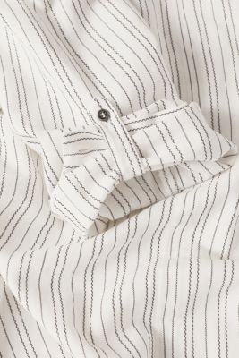 Linen blend: Slip-on blouse with woven stripes