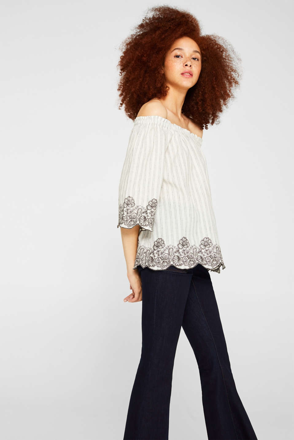 Esprit - Linen blend: blouse with embroidery