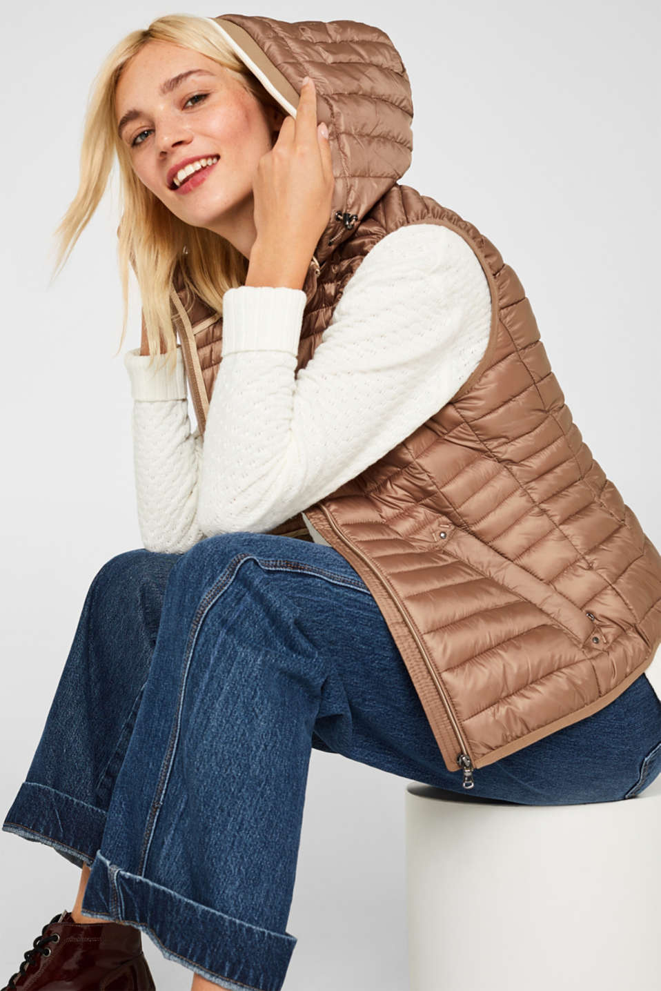 Quilted body warmer with 3M® Thinsulate filling, TAUPE, detail image number 5