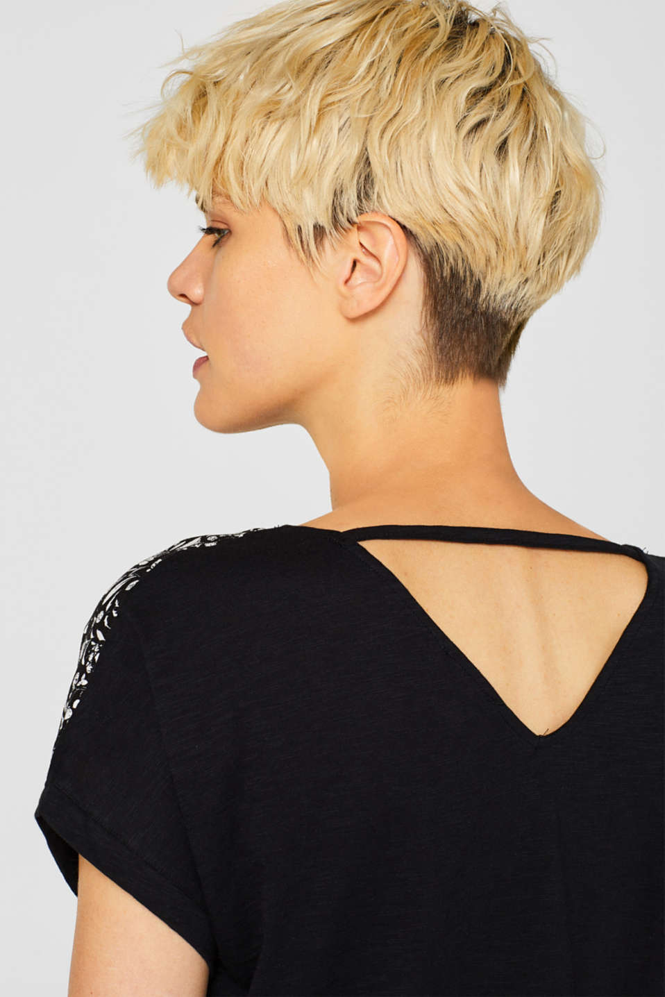 Material mix blouse top with cut-out on the back, BLACK, detail image number 2