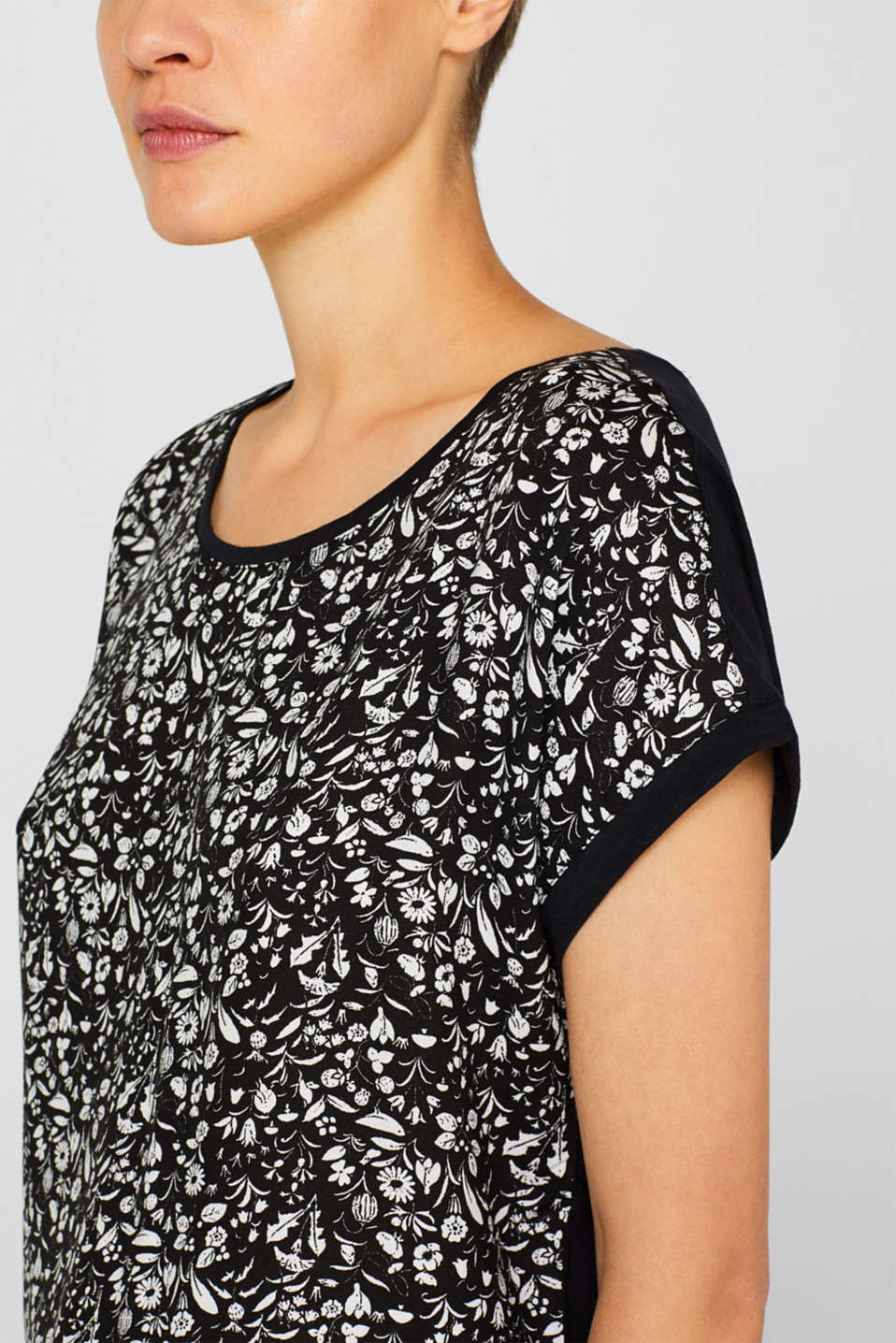 Material mix blouse top with cut-out on the back, BLACK, detail image number 5