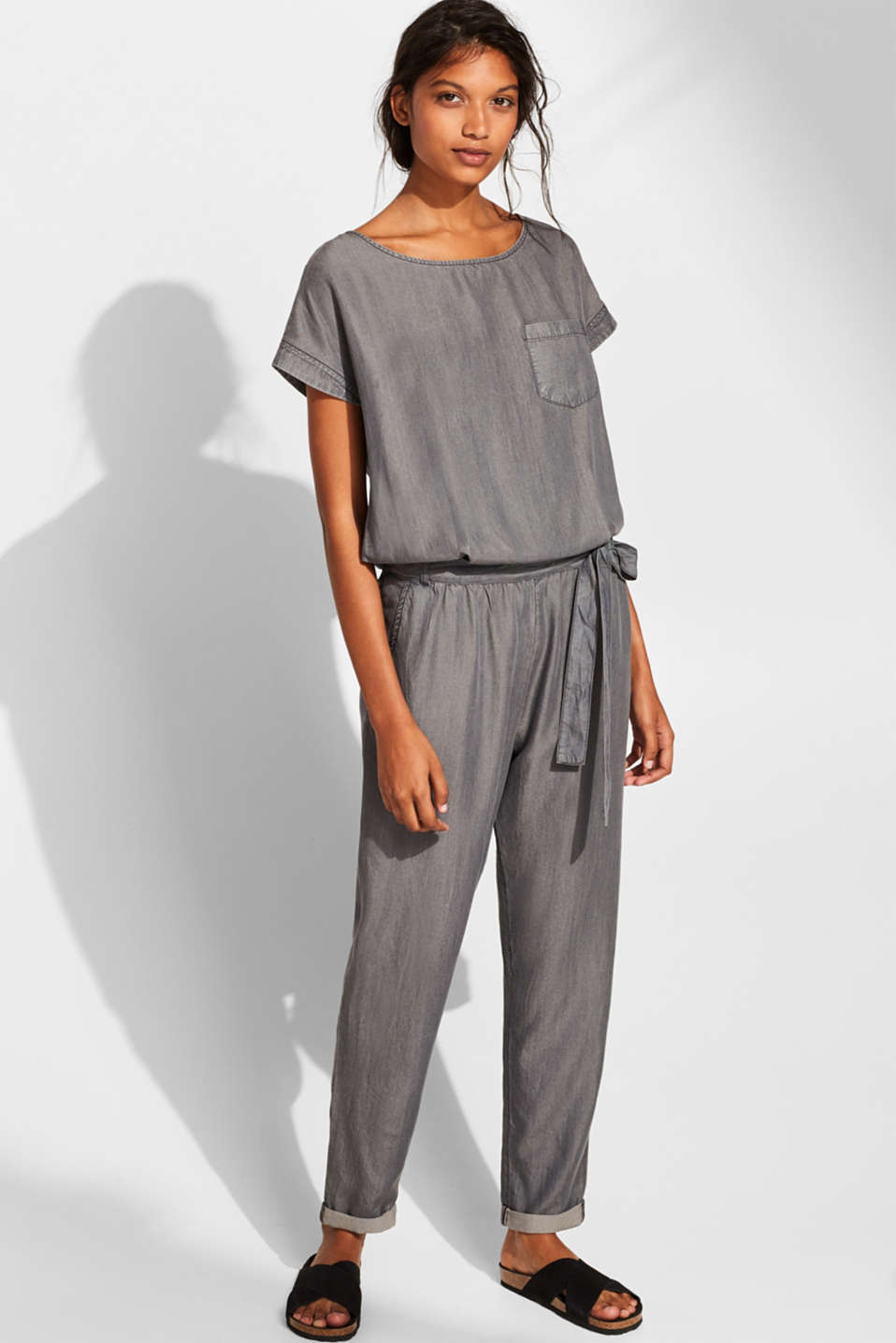 Esprit - Jumpsuit aus TENCEL™ in Denim-Optik