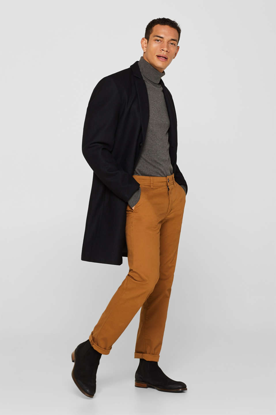 Chinos with stretch and organic cotton, CAMEL, detail image number 1