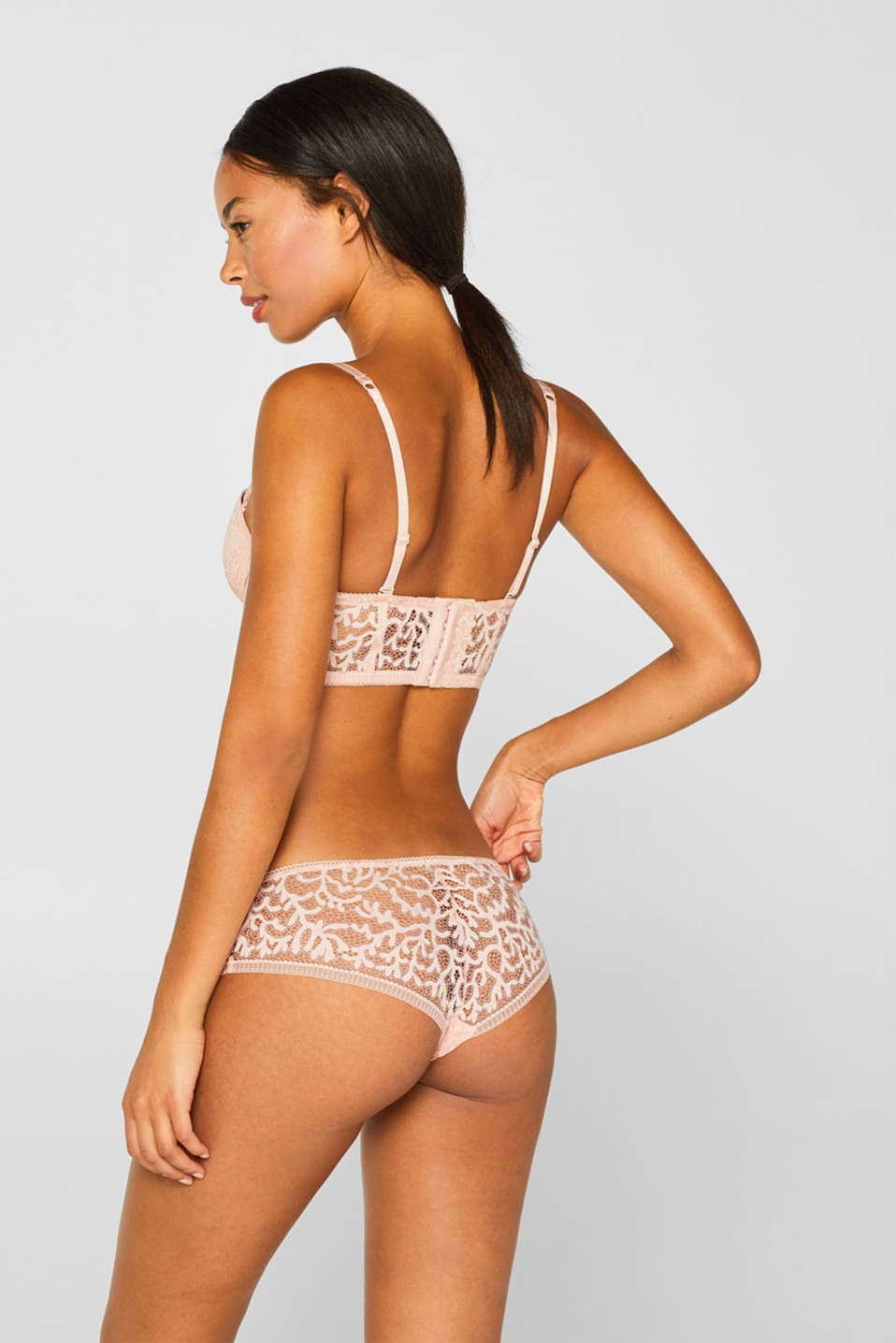 Brazilian hipster shorts in geometric lace, NUDE, detail image number 3