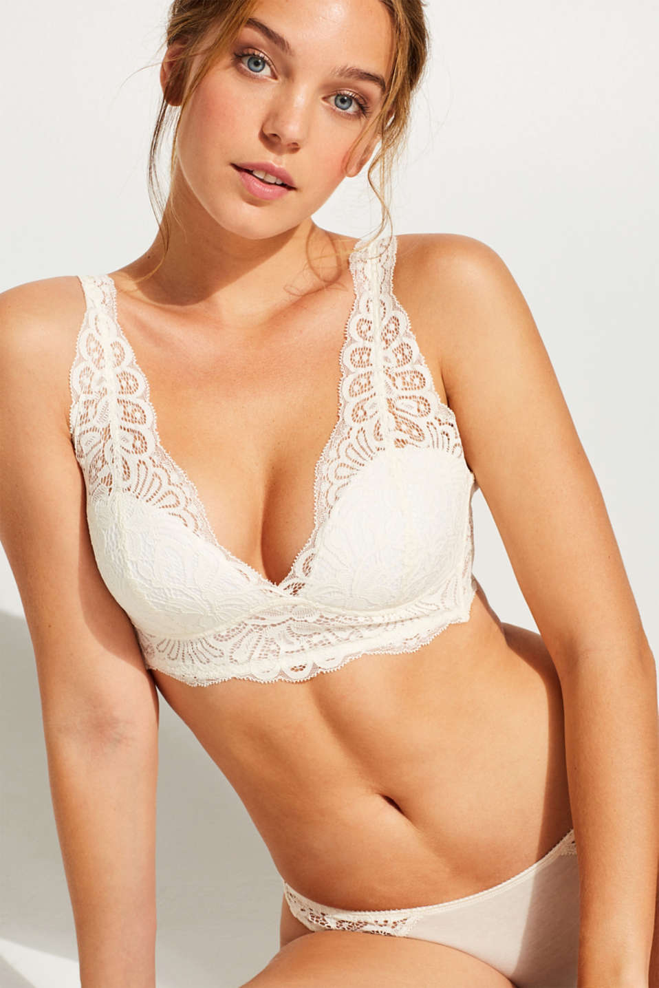 Esprit - Padded, wireless bra in crocheted lace