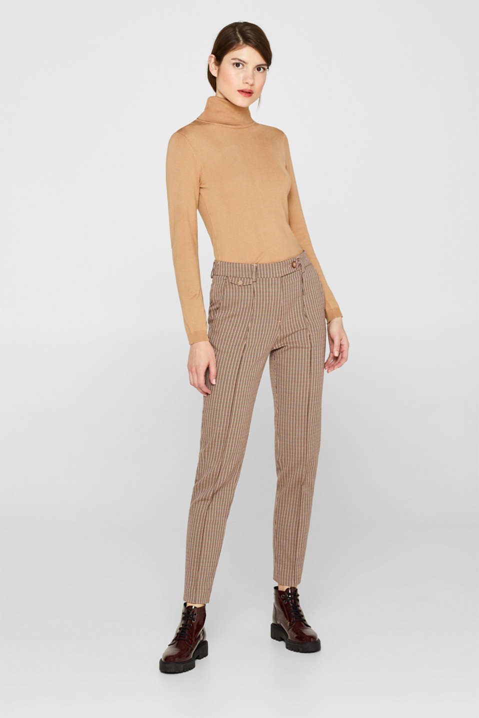 Slim-fitting stretch trousers with a mini check pattern