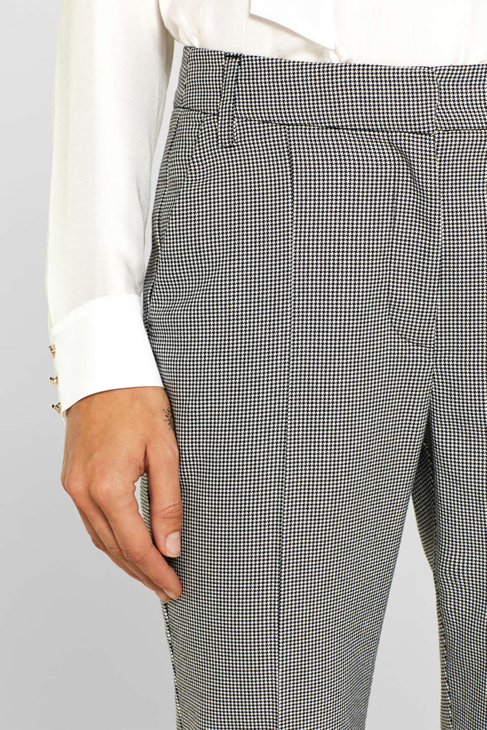 Ankle-length stretch trousers with a houndstooth pattern, BLACK, detail image number 0