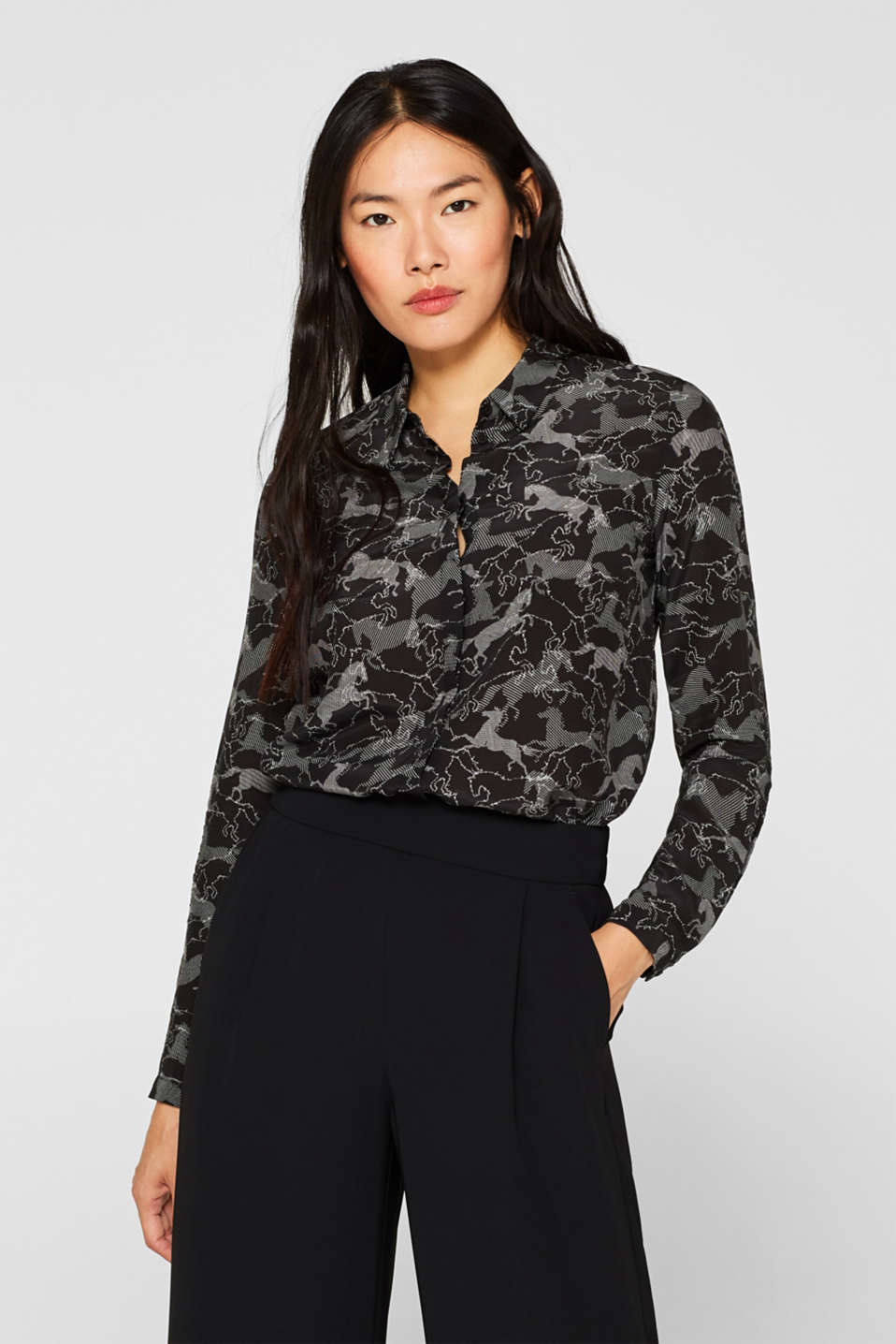 Esprit - Flowing shirt blouse with horse print