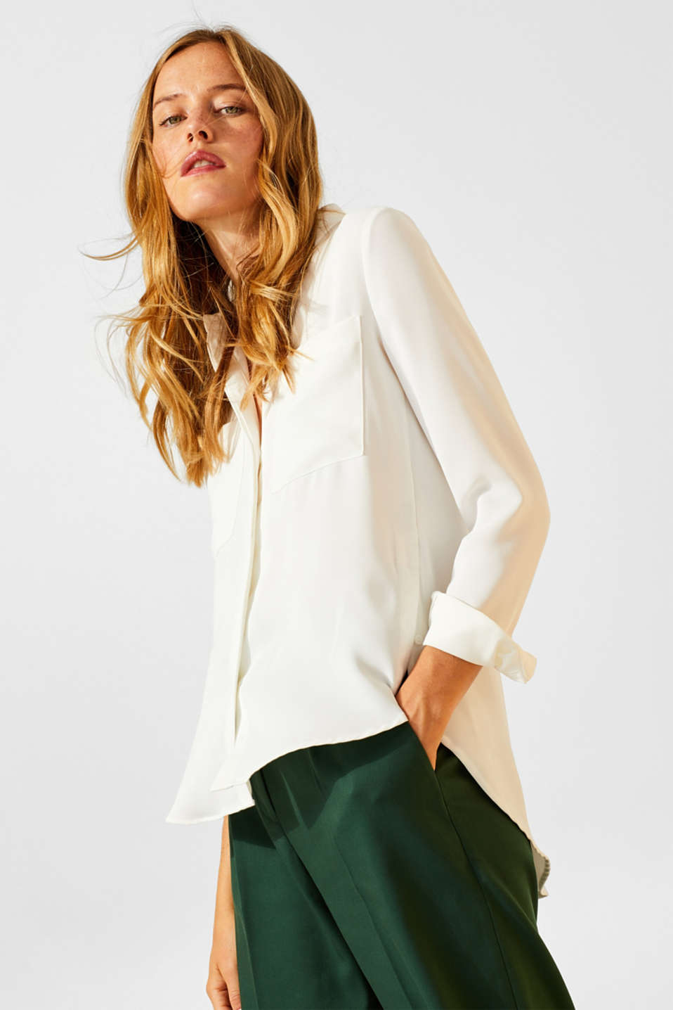 Esprit - Flowing shirt blouse with patch pockets