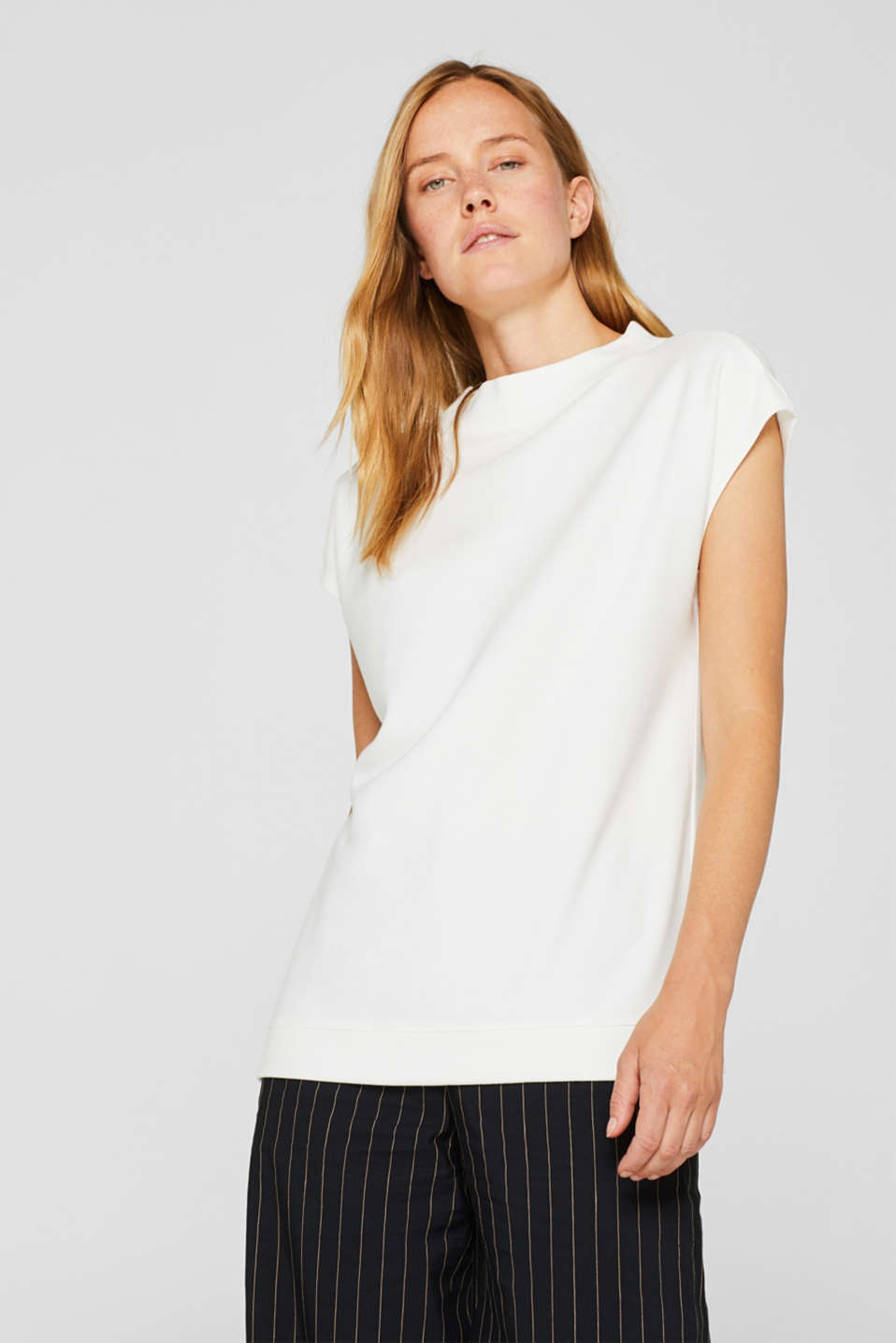 Esprit - T-shirt with band collar made of dense jersey/stretch
