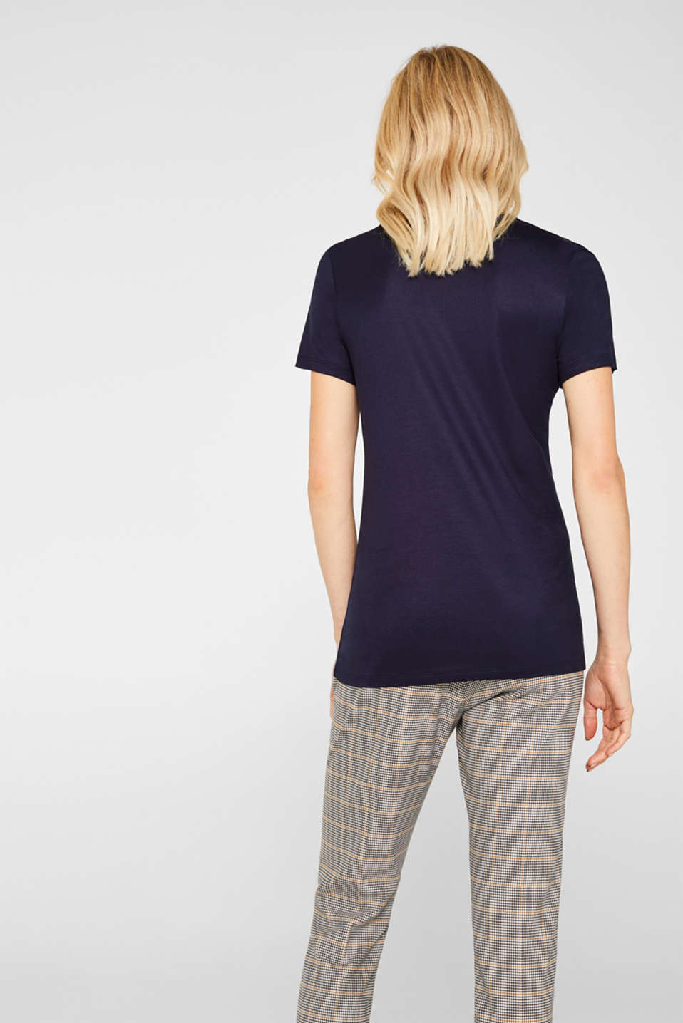 Shimmering top with a beautiful neckline, NAVY, detail image number 3
