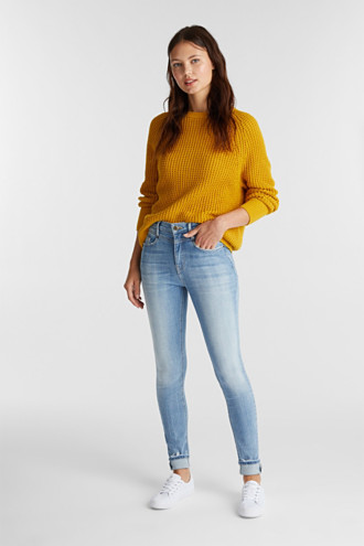 Shaping jeans with a high-waisted waistband