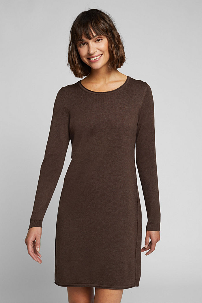 Essential knit dress containing organic cotton