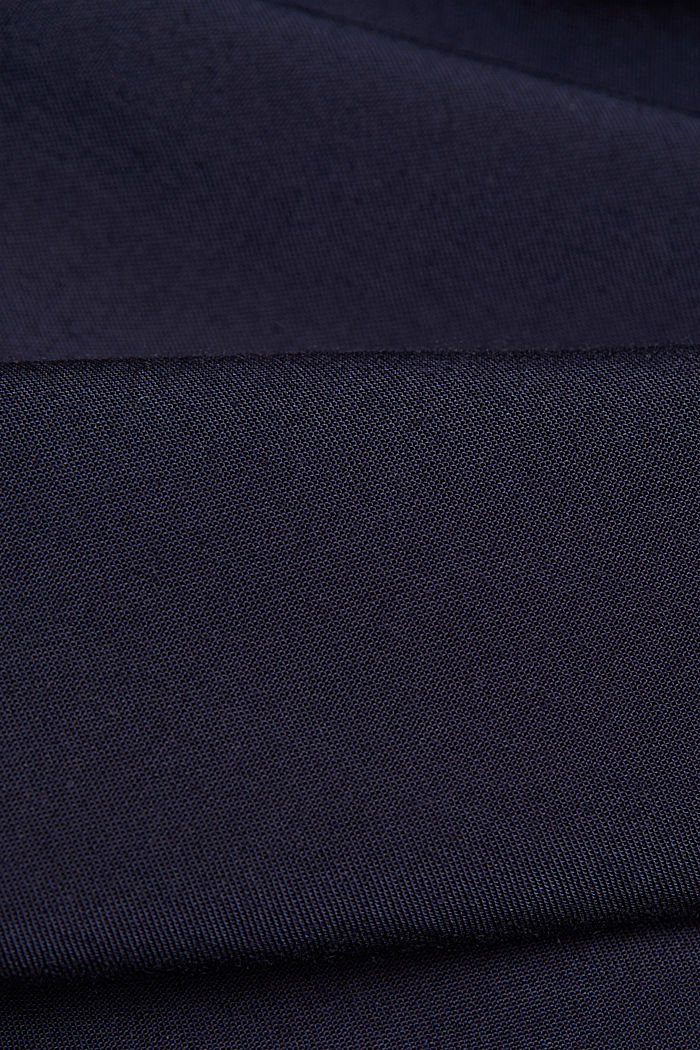 Henley blouse made of LENZING™ ECOVERO™, NAVY, detail image number 4