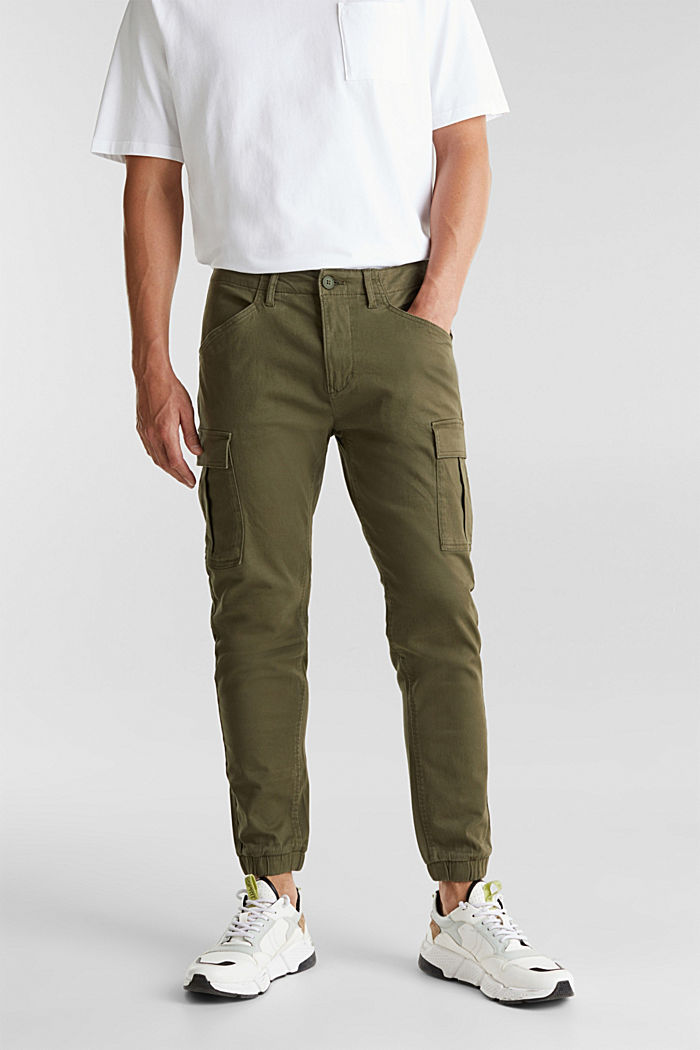 Cargo trousers containing organic cotton