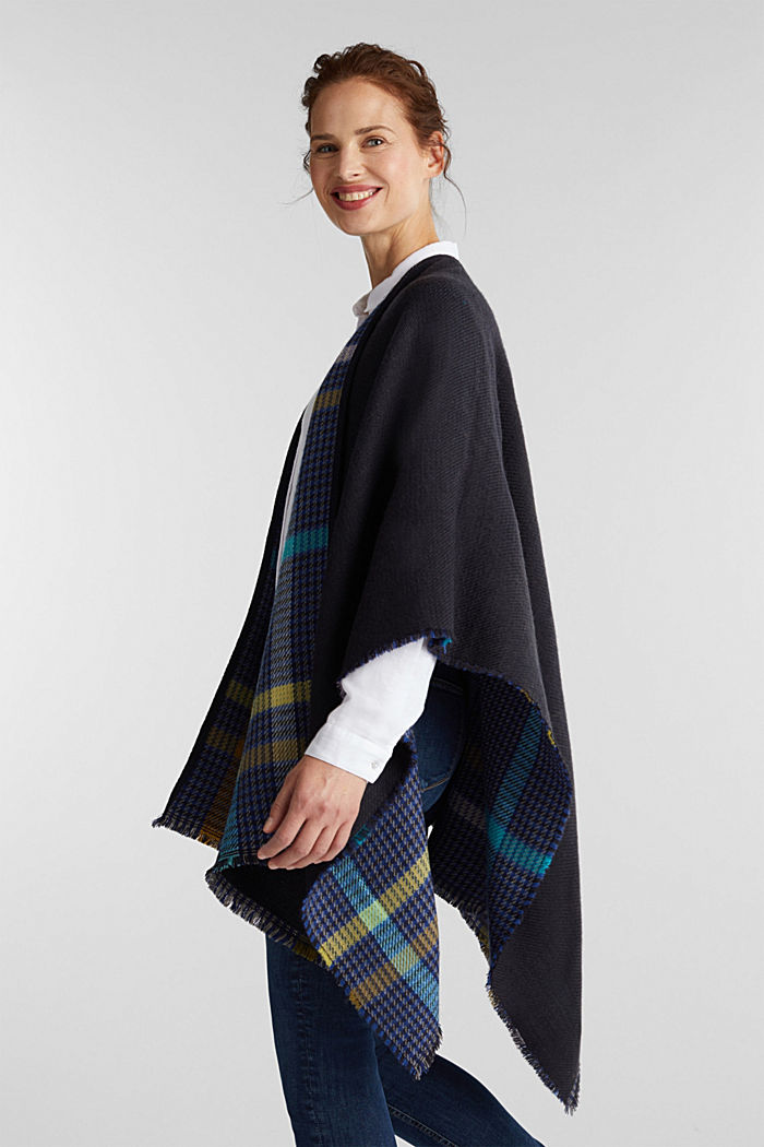 Poncho with a check pattern