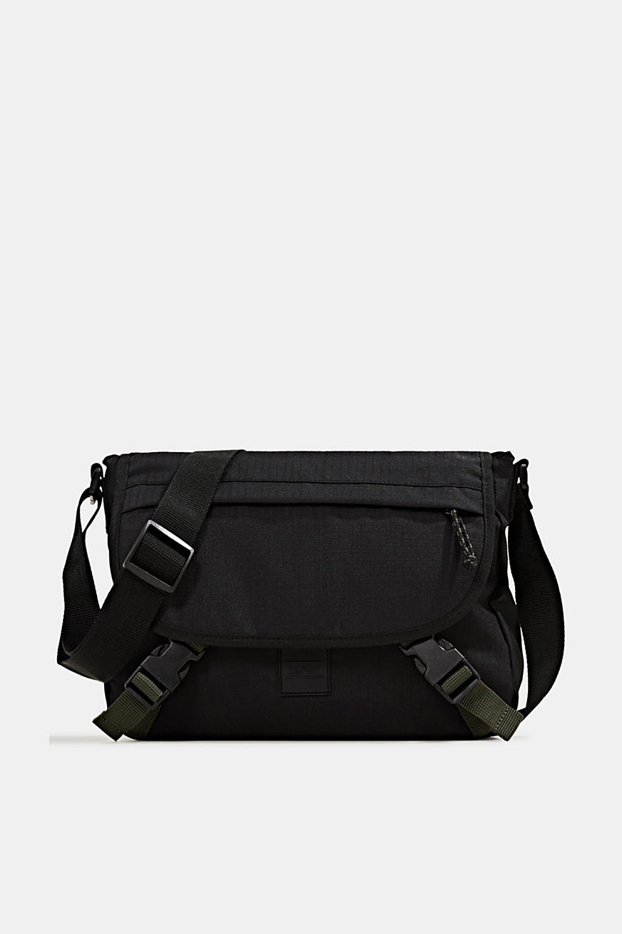 Messenger Bag aus robustem Webstoff