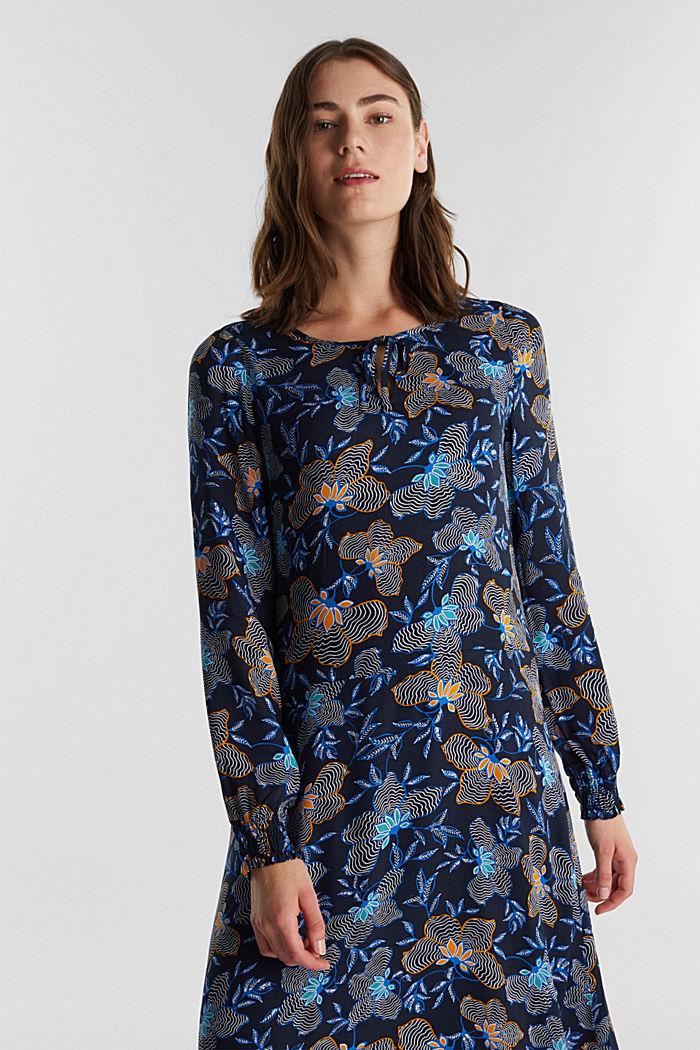 Crêpe dress made of LENZING™ ECOVERO™, NAVY, detail image number 0