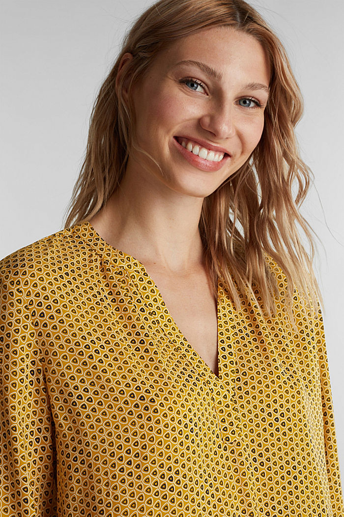 Henley blouse made of LENZING™ ECOVERO™, BRASS YELLOW, detail image number 5