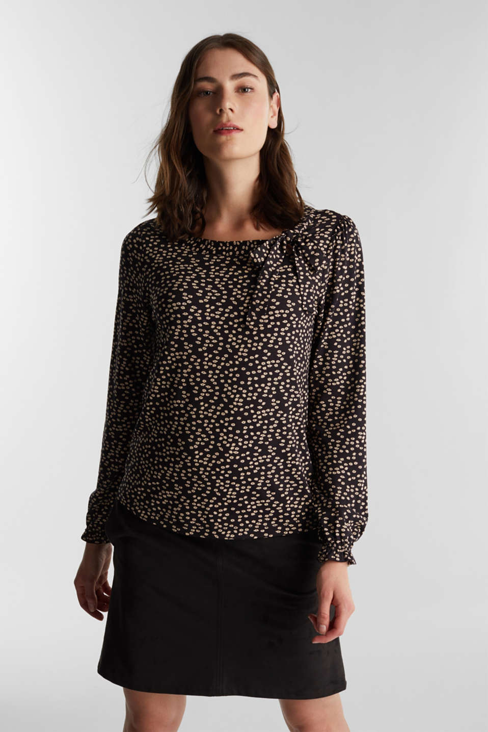 Esprit - Long sleeve top with a bow detail