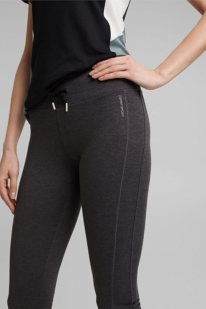 Active leggings in a capri length, E-DRY, ANTHRACITE, detail image number 2